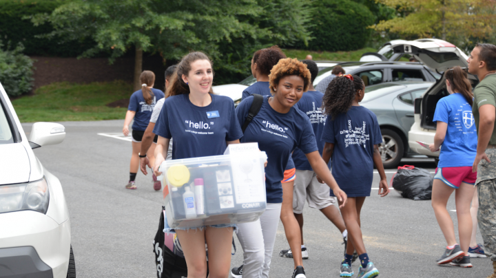 Students on move-in day.