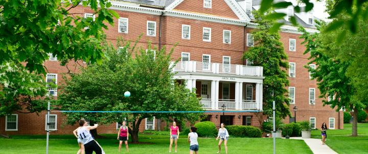 Students playing volleyball at Smith Hall