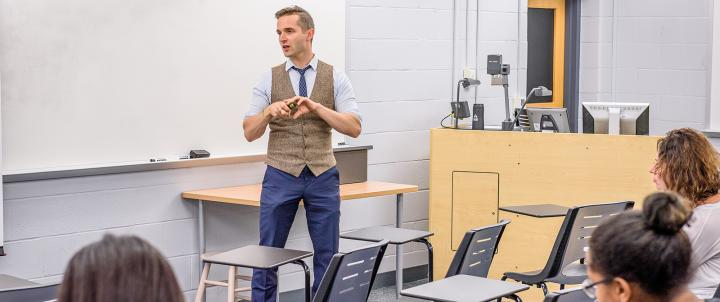Andrew Campbell teaching a Psychology Class