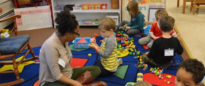 Student teacher with preschoolers